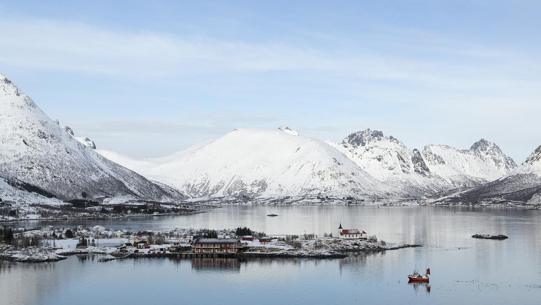 kleurige-vissersbootjes-en-dorpjes