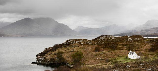 Eenzaam huis bij Loch Torridon